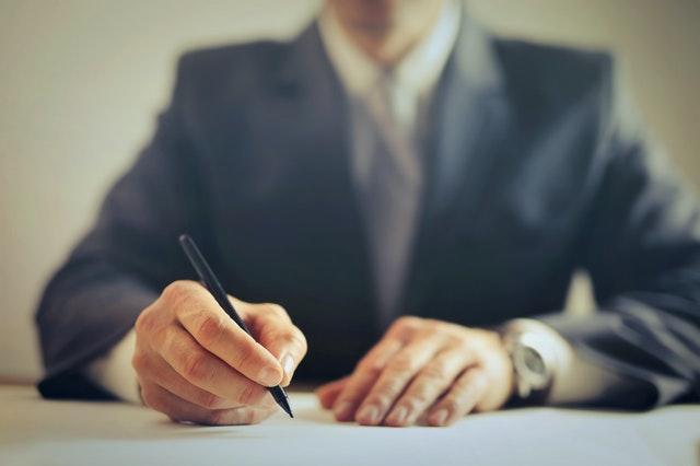 Hur man skriver ett referat